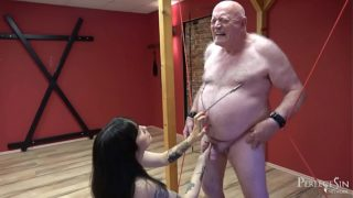 Ball Busting Training – Please Your Dominatrix